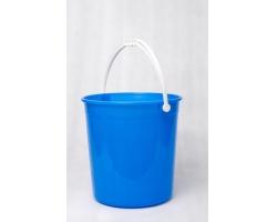 Plastic buckets  222 - 220 - 266